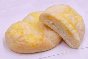 ハイジの白パンinたっぷりチーズ_800×540